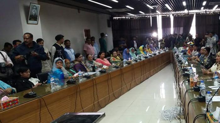 বিনা প্রতিদ্বন্দ্বিতায় সংসদ সদস্য হলেন ৪৯ নারী