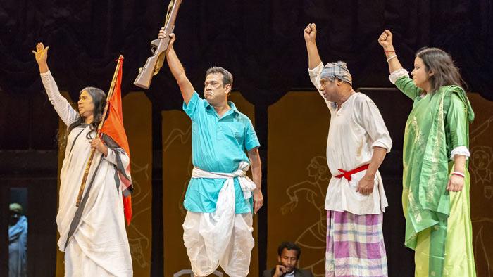 কাল যাত্রাপালা : বিয়াল্লিশের বিপ্লব-এর দ্বিতীয় মঞ্চায়ন