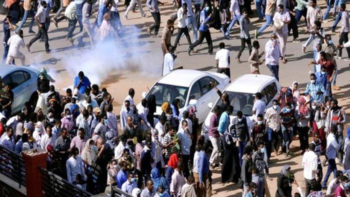 সুদানে সরকারবিরোধী বিক্ষোভ: নিহত ২৪