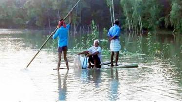 গোবিন্দগঞ্জে বাঁধ ভেঙ্গে নতুন এলাকা প্লাবিত
