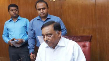 গুজব ছড়ালে কঠোর ব্যবস্থা: স্বরাষ্ট্রমন্ত্রী
