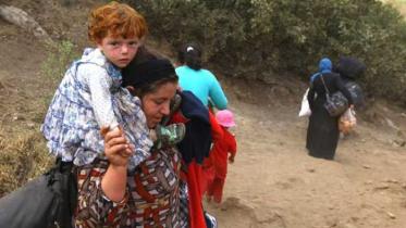 শিশু সন্তানকে নিয়ে বিপদে আইএস নারী