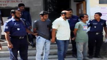 চুয়াডাঙ্গায় বিআরটিএ অফিসে দুদকের অভিযানে ৩ দালালকে কারাদণ্ড