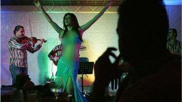 বাংলাদেশি নারী পাচার: নেপথ্যে দুবাই ডান্সবার