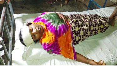 শার্শায় আসামিরা জামিনে মুক্তি পেয়ে বাদী পক্ষকে হত্যার চেষ্টা