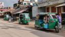 চাঁদাবাজি বন্ধের দাবীতে হিলি-বিরামপুর রুটে সিএনজি চলাচল বন্ধ