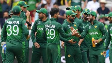 পাকিস্তানের আরও ৭ ক্রিকেটার করোনায় আক্রান্ত