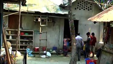 নোয়াখালীতে শিক্ষার্থীকে বিবস্ত্র করে ভিডিও ও অপহরণ, আটক ২ (ভিডিও)