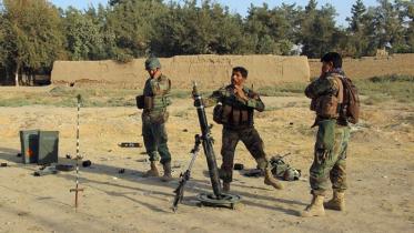 আফগানিস্তানের কুন্দুজ প্রদেশে বাস্তুহারা ১২ হাজার মানুষ