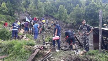বন্যা ও ভূমিধসে নেপালে ৪০ জনের বেশি নিহত