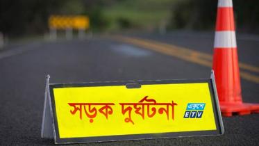 কুমিল্লায় যাত্রীবাহী বাস খাদে পড়ে নারীসহ ২ জনের মৃত্যু