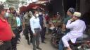 হিলিতে নির্দেশনা অমান্য করায় ভ্রাম্যমাণ আদালতের জরিমানা
