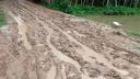 দুই কিলোমিটার কাঁচা রাস্তা, দুর্ভোগে ১১ গ্রামবাসী