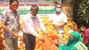 নোয়াখালী পৌরসভার ১৪ হাজার পরিবার পেল ঈদ উপহার