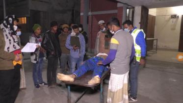 সিরাজগঞ্জে ট্রাক চাপায় মোটর সাইকেল আরোহী নিহত