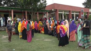 টাঙ্গাইলে গণটিকা কার্যক্রম চলছে