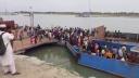 বাংলাবাজার-শিমুলিয়া নৌরুটে ঢাকামুখী যাত্রীদের ভিড়