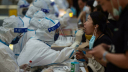 চীনে নতুন করে বেড়েছে করোনা সংক্রমণ, শনাক্ত ৭৬