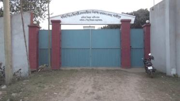 নিরাপদ আবাসন কেন্দ্রে নারীর ঝুলন্ত মরদেহ
