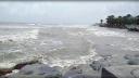 কুয়াকাটা সংলগ্ন বঙ্গোপসাগর উত্তাল, টানা বর্ষণ