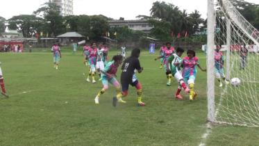 পটুয়াখালীতে অনূর্ধ্ব-১৭ ফুটবল টুর্নামেন্টের উদ্বোধন