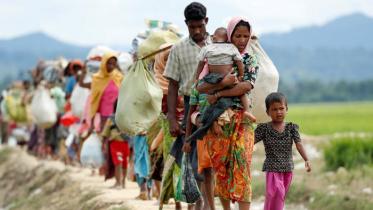 মে থেকে রোহিঙ্গা প্রত্যাবাসনে ঢাকা 'সতর্কতার সঙ্গে আশাবাদী'