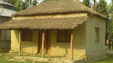বাংলার হারানো ঐতিহ্য : ছনের ঘর