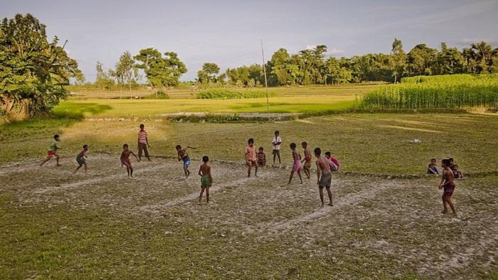 একসময়ে দাঁড়িয়াবান্ধা খেলা গ্রাম বাংলায় অনেক জনপ্রিয় ছিল