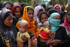 রোহিঙ্গা নারীদের গণধর্ষণ করেছে মিয়ানমার সেনাবাহিনী : রাইটস ওয়াচ